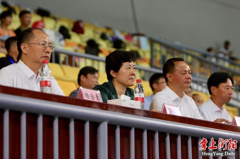 副省长吴桂英观看省运会开幕式彩排,郑建新观看彩排并出席座谈会